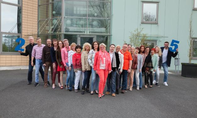 S&D Verlag feiert das 25. Geschäftsjubiläum – Petra Wresch ist stolze Unternehmerin